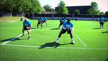 Carolina-Panthers-Kick-slide-and-react-drill-Offensive-line-attachment