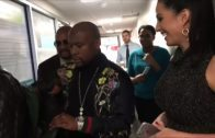Floyd-Mayweather-Carries-80000-In-Cash-In-A-Backpack-Around-ESPN-ESPN-Must-See-attachment
