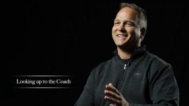 Mark-Richt-Georgia-Bulldogs-Looking-up-to-the-Coach-attachment