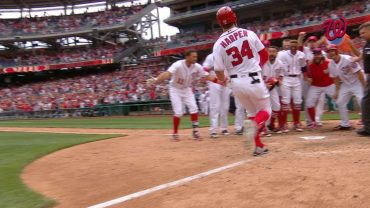 PHI@WSH-Harper-crushes-a-walk-off-three-run-home-run-attachment