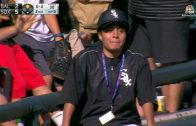 Ballboy-makes-excellent-catch-on-foul-ball-attachment