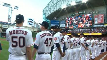 SEA@HOU-Astros-introduce-their-roster-on-Opening-Day-attachment