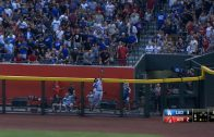 Puig-leaps-to-rob-Martinez-of-a-home-run-attachment