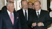 Ever-Wonder-Why-Does-Vladimir-Putin-have-a-Super-Bowl-ring-attachment