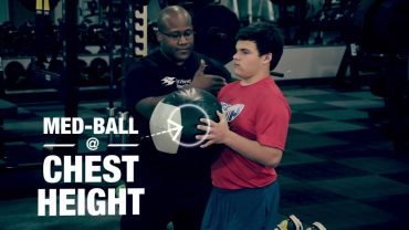Strength-and-Conditioning-Kneeling-Chest-Pass-attachment