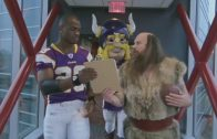 Adrian-Peterson-Personal-Assistant-This-Is-SportsCenter-attachment