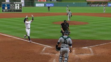 Correa-crushes-solo-homer-out-of-ballpark-attachment