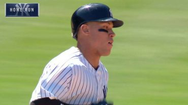 TB@NYY-Judge-launches-a-moonshot-homer-to-left-attachment