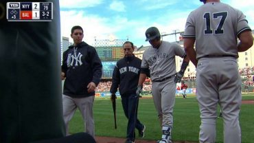 NYY@BAL-Sanchez-exits-game-with-right-biceps-strain-attachment
