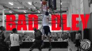 Henry-Baddley-flushes-Alley-oop-DUNK-@-Storm-Classic-King-James-2016-attachment